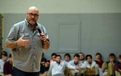 Jeff Yalden empowers students during all school assembly