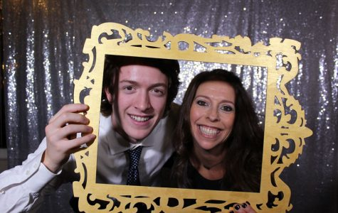 Photo booth fun at Mom Prom