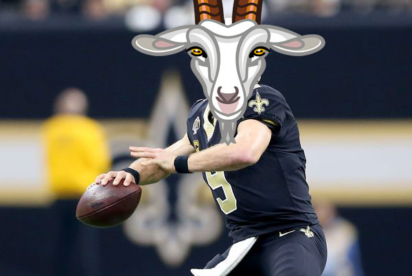 Goat Brees gets ready to throw football down field for touchdown.