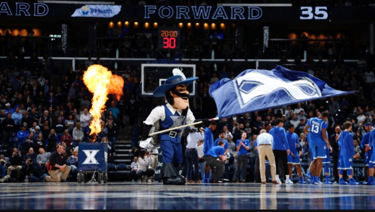 Russell+getting+the+crowd+excited+prior+to+a+Xavier+basketball+game.